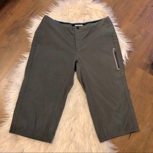 Columbia Omni-Shield Advanced Repellency Capris